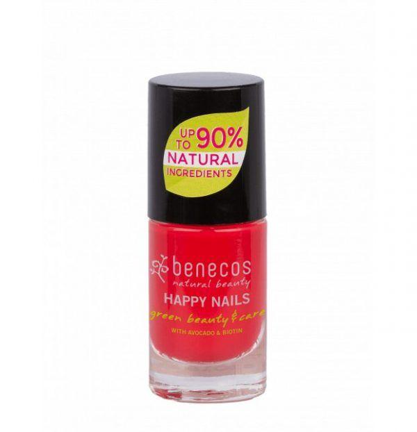 esmalte de uñas coral Hot Summer de Benecos