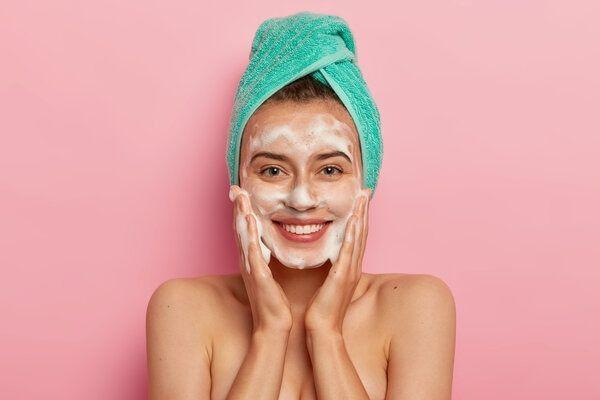 Limpieza facial piel grasa con jabon Manuka natur